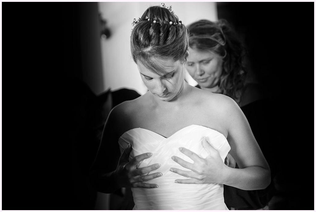 photographe mariage provence habillage mariée aurelie allanic