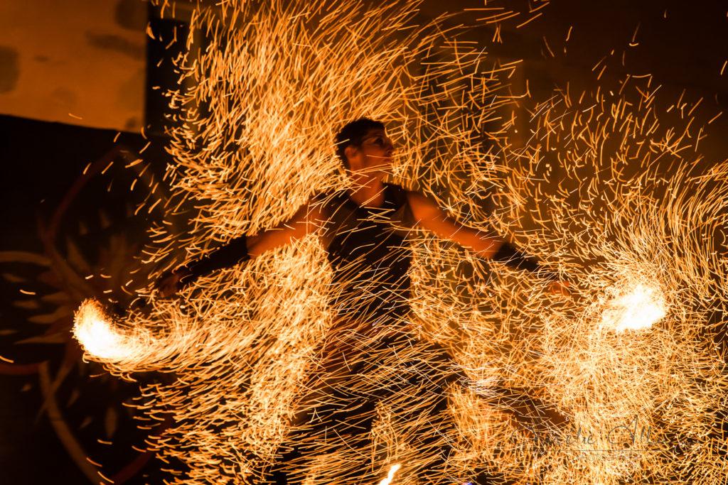 photographe mariage bourgogne mâcon château cecile spectacle de feu