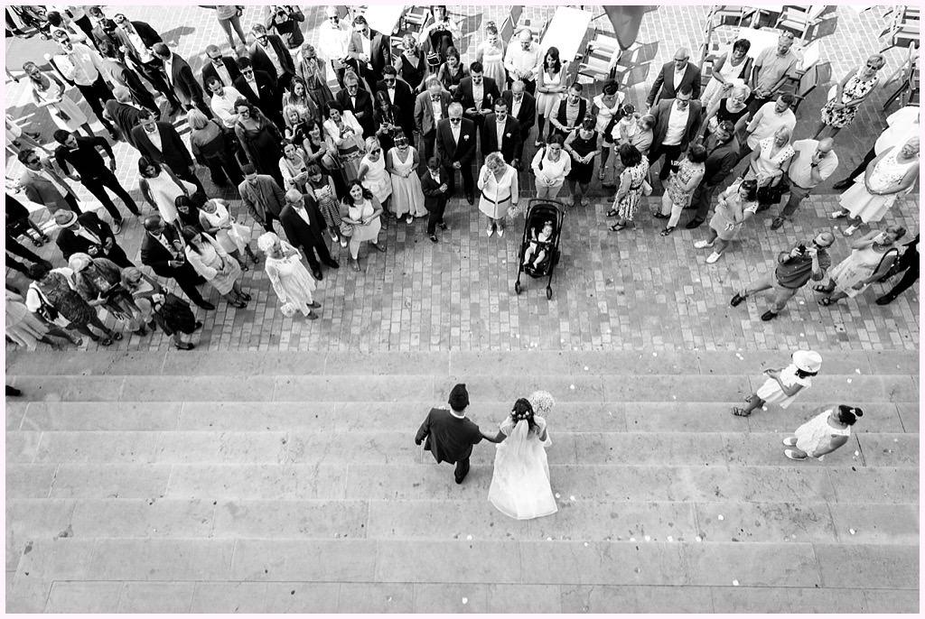 photographe mariage lyon villefranche mâcon sortie de mairie